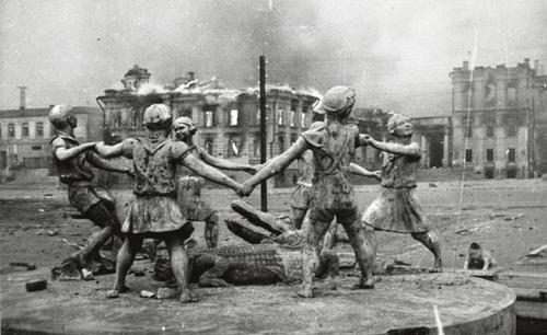 Barmaley Fountain, Stalingrad, 1942